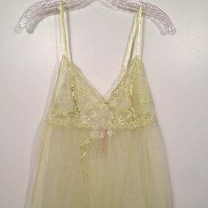 Victoria's Secret Green Romantic Lace Babydoll XS